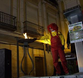 Los prisillas encienden la llama del Carnaval