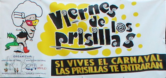 Cartel del Viernes de Prisillas en la plaza de España