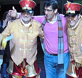 El presidente de la Diputación asiste al Gran Desfile del Ofertorio del Carnaval de Herencia