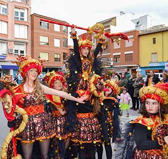 Los Traviesos primer premio en el desfile de Carnaval de Quintanar
